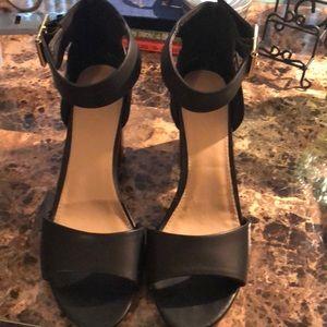 Merona size 11 open toed heel